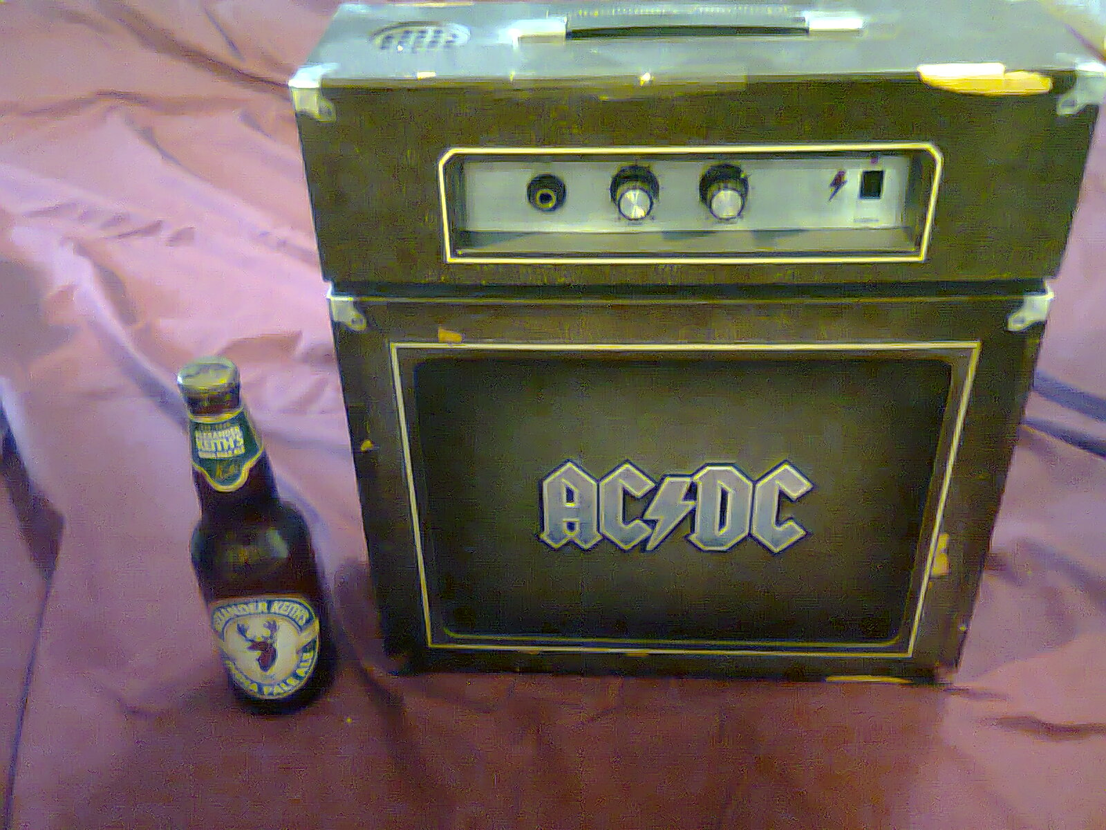 review ac dc backtracks deluxe edition the big one that comes with the amp. Black Bedroom Furniture Sets. Home Design Ideas