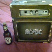 REVIEW:  AC/DC - Backtracks (Deluxe Edition, the big one that comes with the amp!)