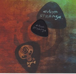 E STRANGE_0004