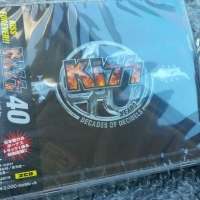 REVIEW:  KISS - 40 (Japanese import with bonus track)