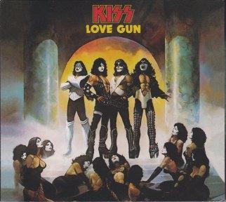 LOVE GUN DELUXE_0002