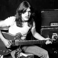 RIP Malcolm Young (1953-2017)
