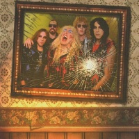 REVIEW:  Twisted Sister - A Twisted Christmas (2006)