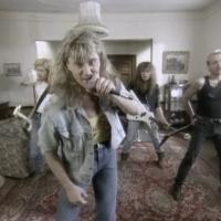 REVIEW:  Def Leppard - Historia (1988 VHS)